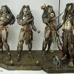 AVP Predators, sculptured by Narin with costom base